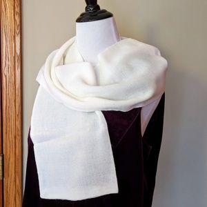 Vintage white Japan made acrylic rectangular scarf